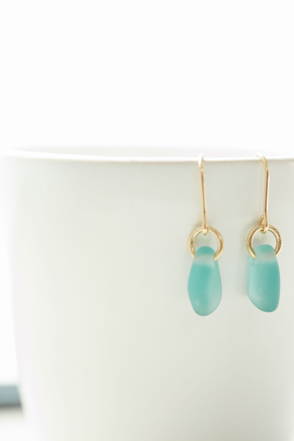 how to make sea glass earrings